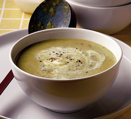 Broad bean, yogurt and mint soup